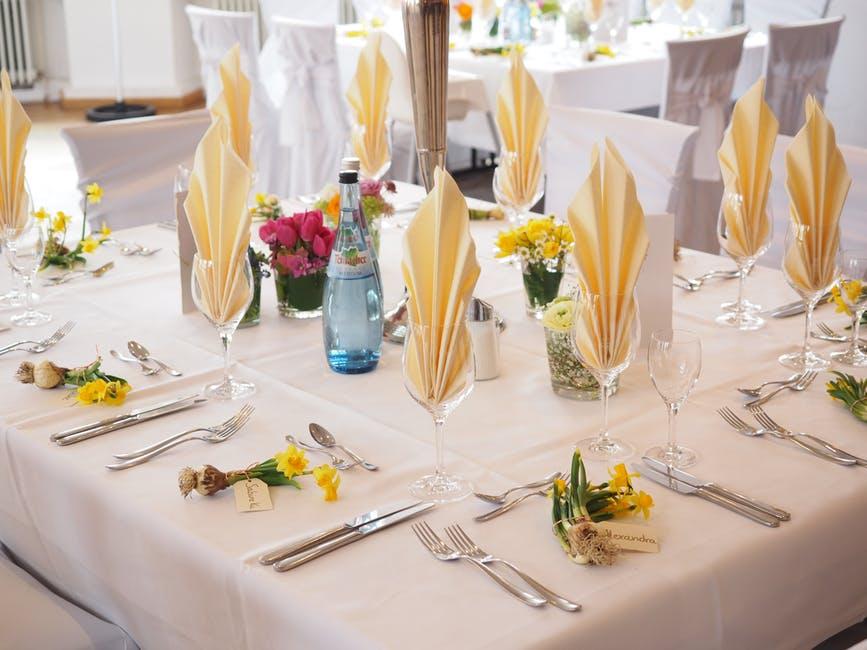 wedding planning formal table napkins