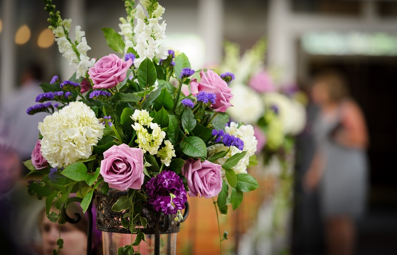 Tips for Beautiful Flower Arrangements purple bouquet