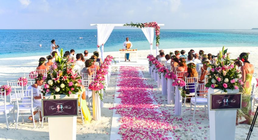 Vape with Style at any Wedding Venue