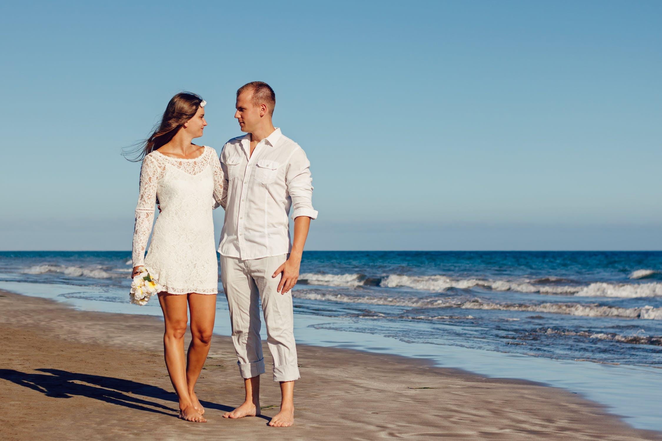 Choosing A Wedding Dress for A Beach Wedding