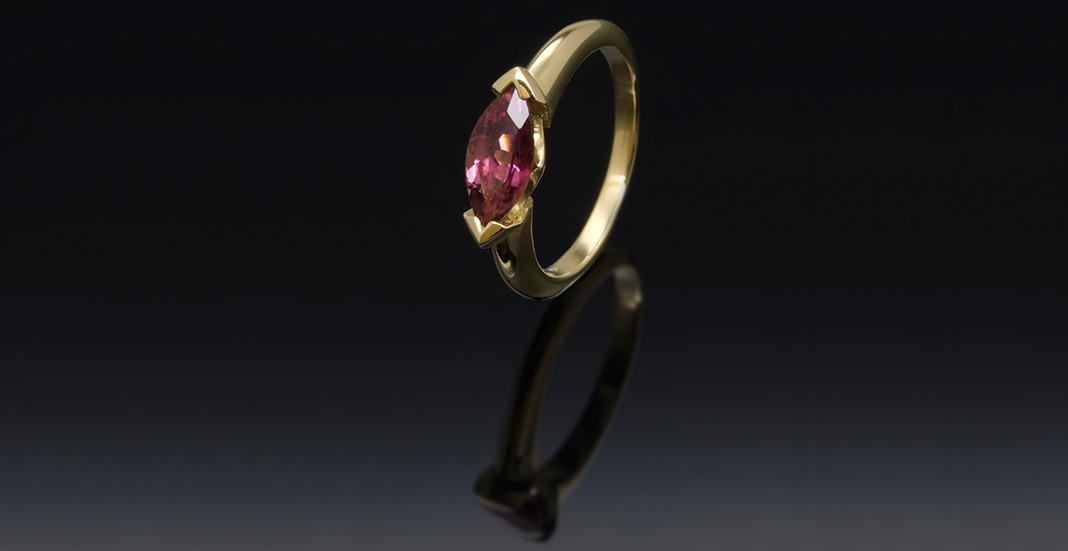 Affordably Purchasing a Coloured Diamond