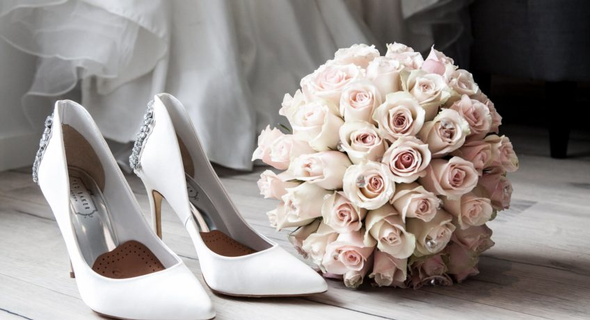 How to buy the perfect pair of wedding shoes?