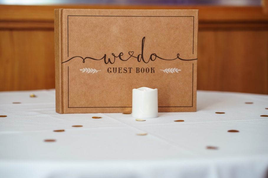"You'll Be Glad to Know These 10 Wedding Tips First Before You Say ""I Do"" box and candle"