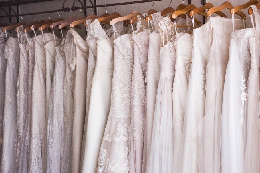 "You'll Be Glad to Know These 10 Wedding Tips First Before You Say ""I Do"" clothes hanger"