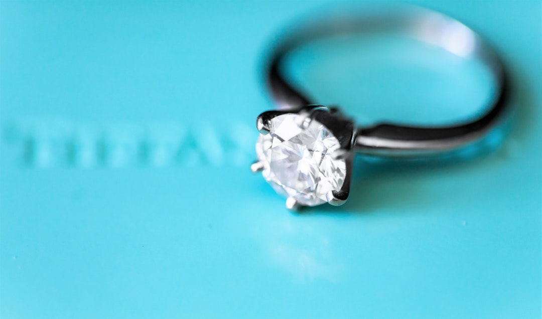 A Cut Above: Your Guide to Diamond Cuts for the Perfect Engagement Ring