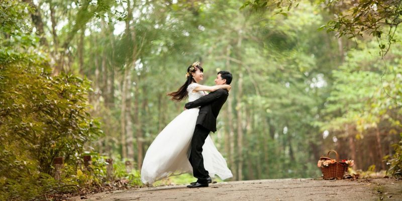 Why Should You Plan A Post-Wedding Photoshoot?