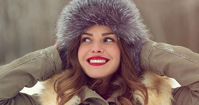 BEAUTY HACKS TO TAKE CARE WHILE APPLYING MAKEUP IN WINTERS