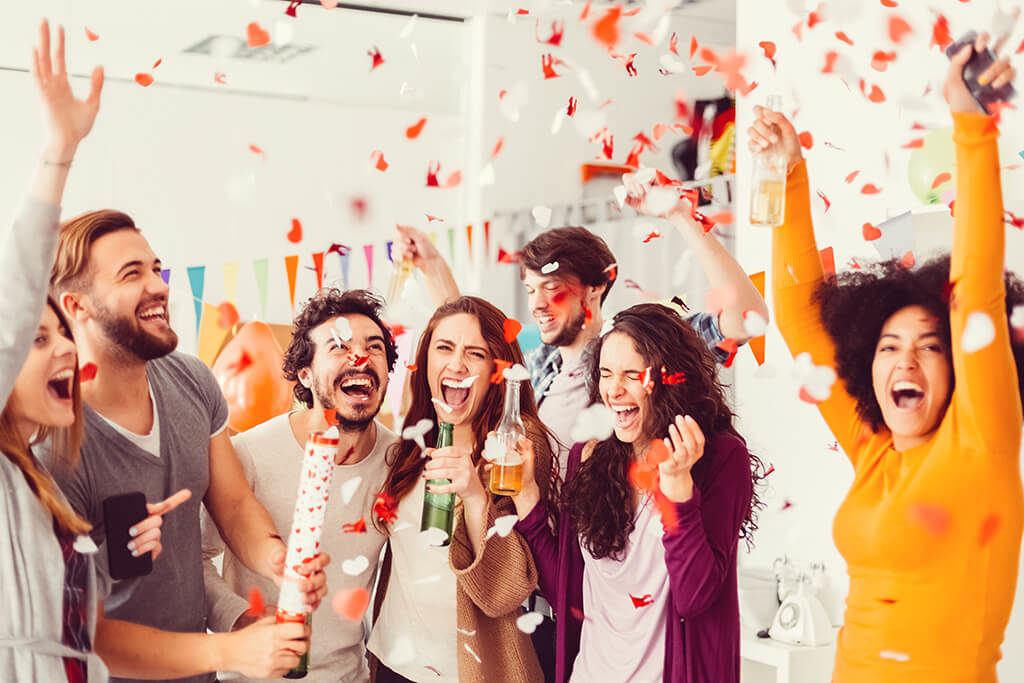 How to Throw a Party at the Workplace?