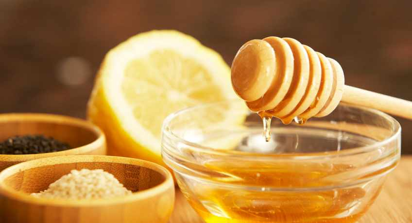 honey with lemon water